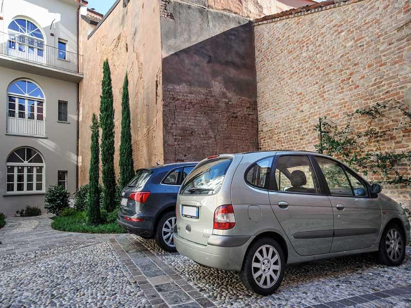 VENDUTO – Garage Via Bonomelli, 19